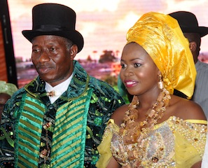 Jonathan-and-his-daughter-at-the-wedding