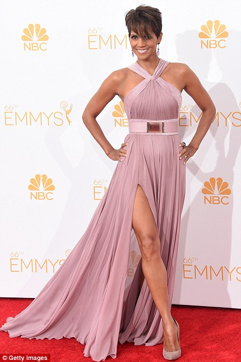 Emmy red carpet 2014 Halle Berry