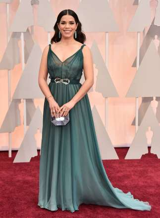 Oscar 2015 red carpet America Ferrera