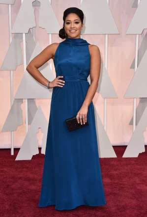 Oscar 2015 red carpet Gina rodriguez
