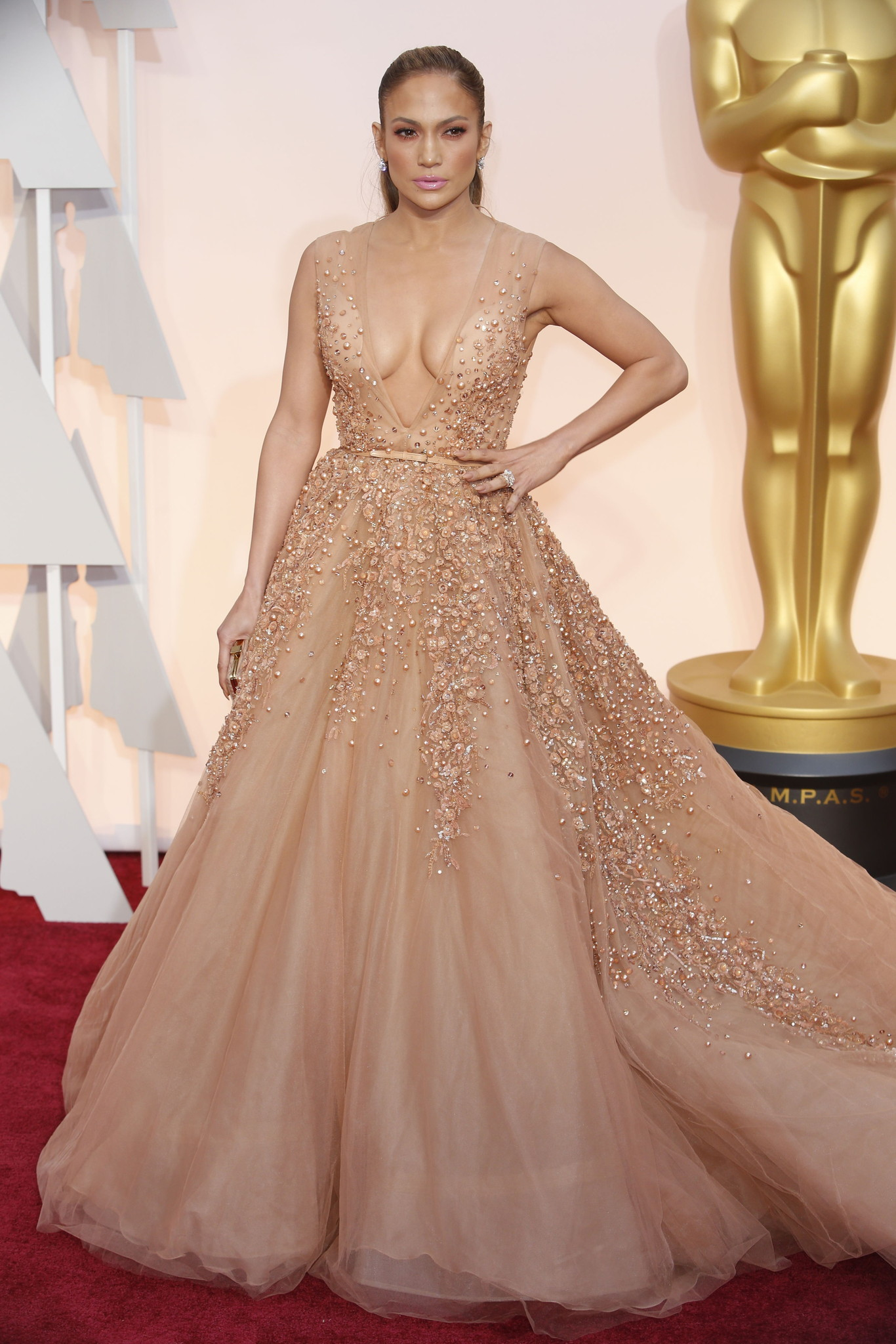 Oscar 2015 red carpet Jenniffer Lopez